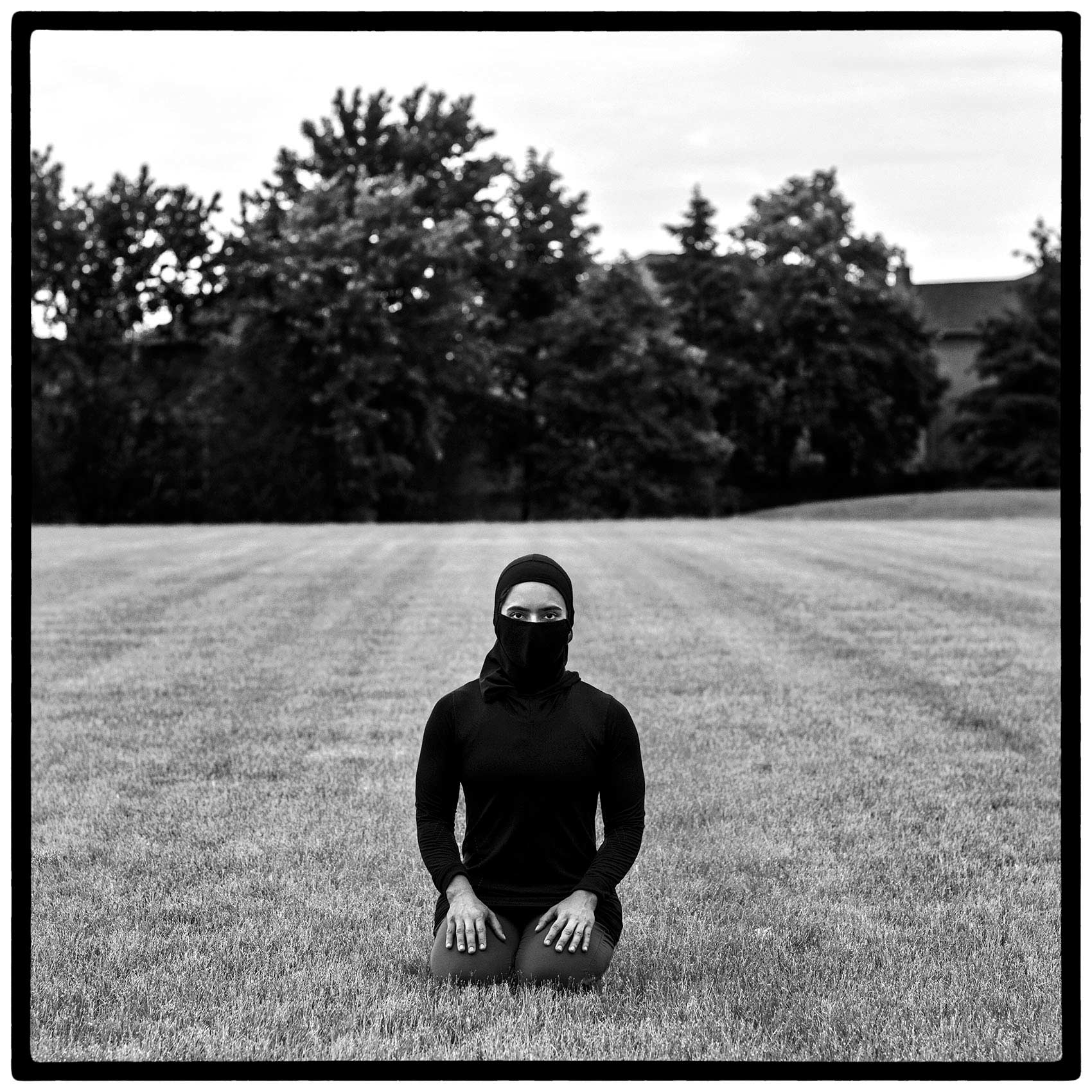 a-muslim-woman-with-a-mask-during-the-pandemic-by-toronto-portrait-photographer