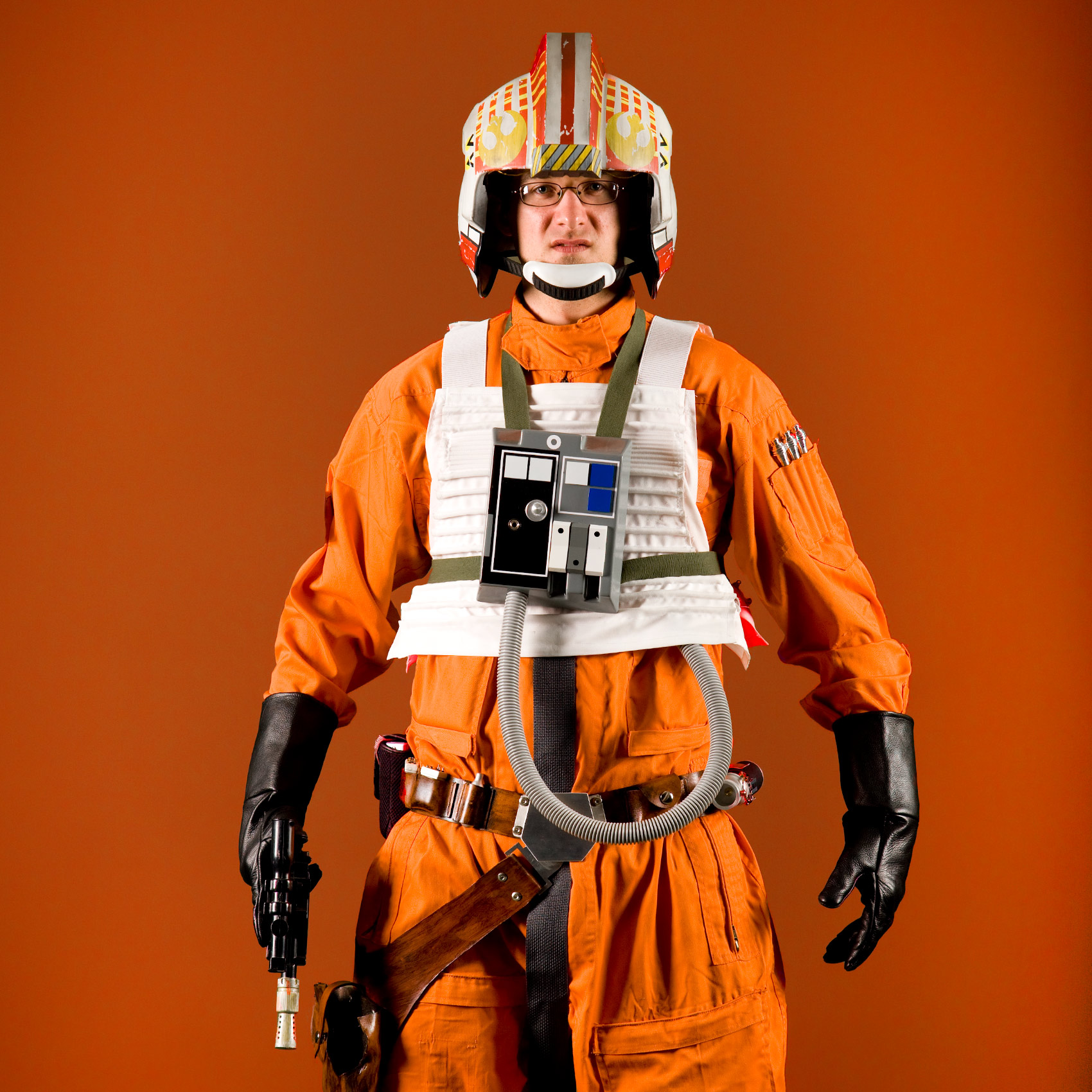 a-portrait-of-a-man-dressed-as-an-x-wing-fighter-pilot-at-toronto-fan-expo