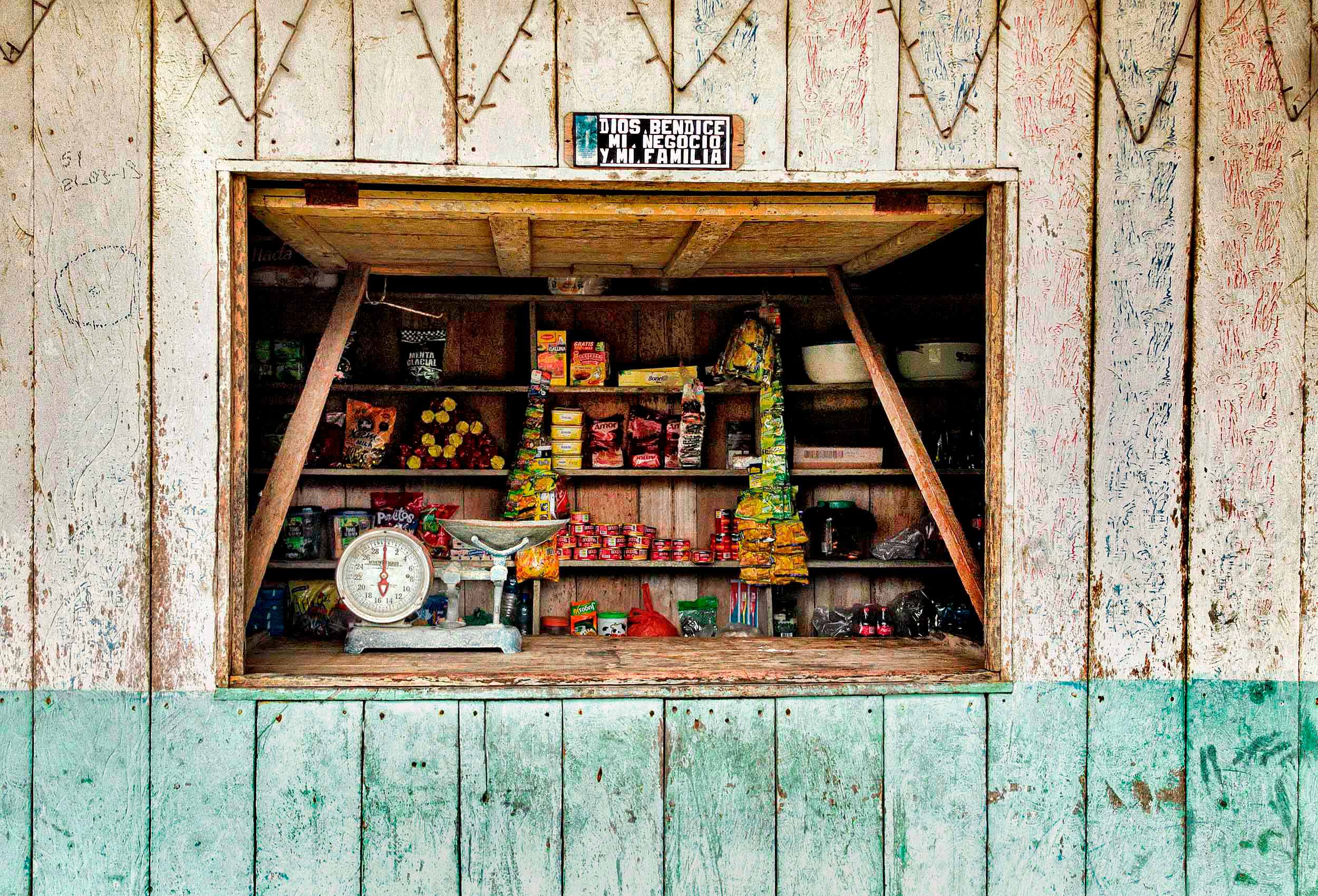 a-rural-food-shop-in-mompiche-ecuador-by-travel-photographer-John-Hryniuk