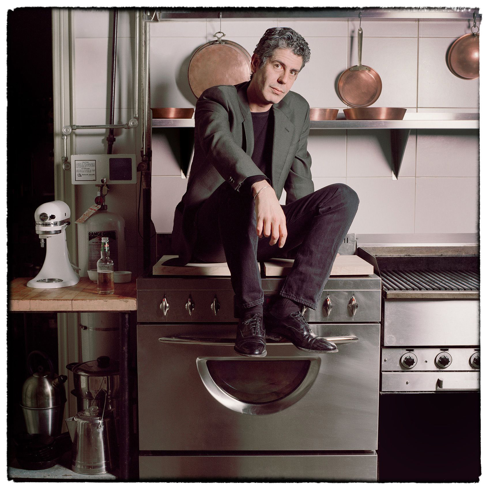 a-toronto-portrait-of-chef-anthony-bourdain-world-famous-chef