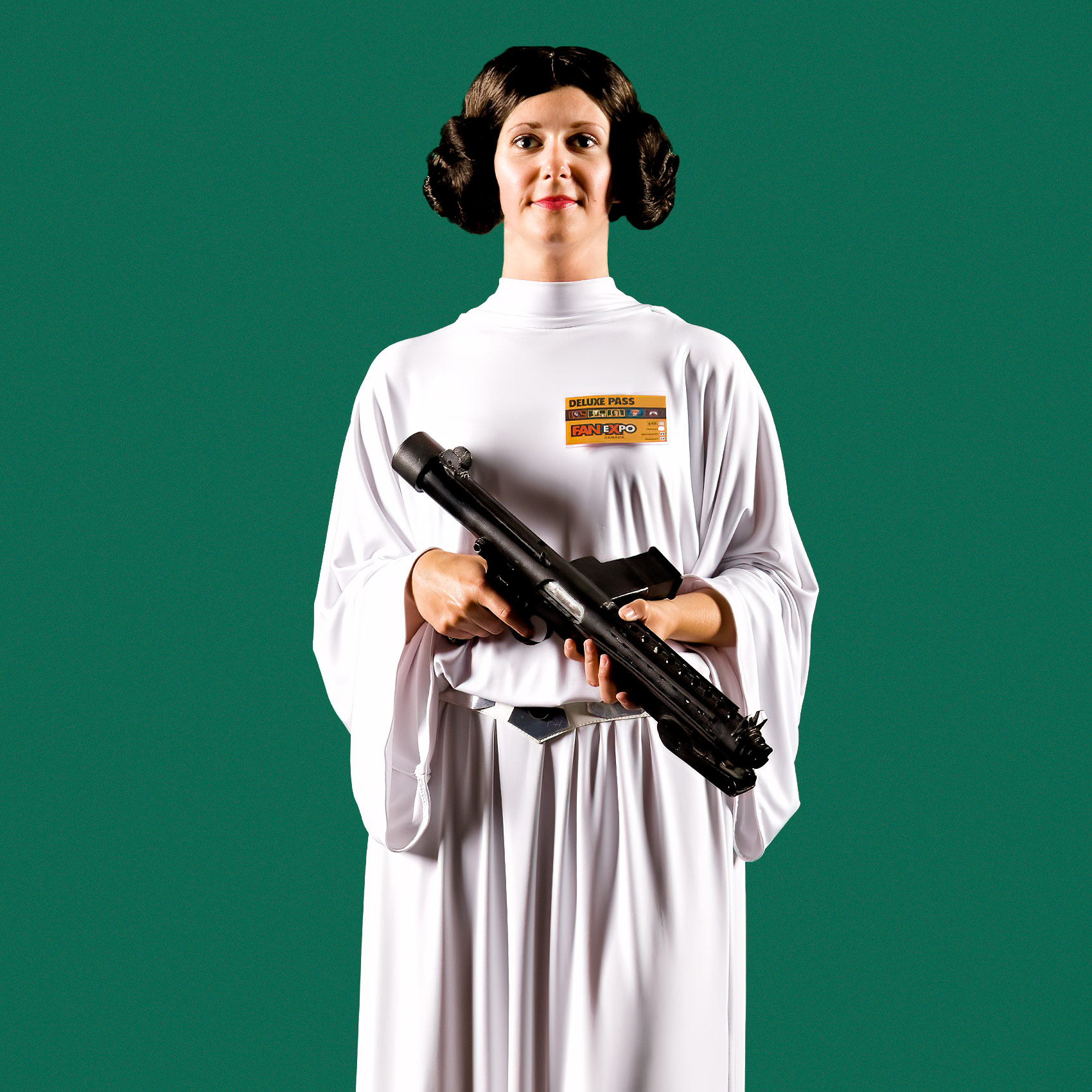 a-woman-dressed-as-princess-leia-poses-for-a-photo-at-toronto-fan-expo